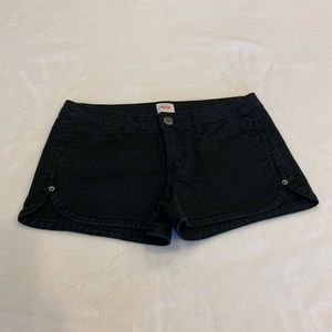Mossimo black shorts (juniors)